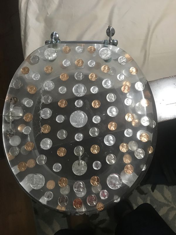 Money toilet cover