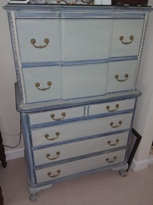 "Dresser bureau 36"" wide x 56"" high x 20"" deep for Sale in Vero Beach, FL"