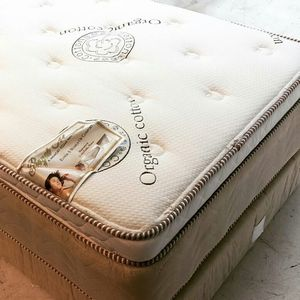 new Royal Memory Foam Pillowtop queen size set for Sale in Long Beach, CA