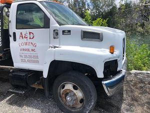 Parting out tow truck for Sale in Miami, FL