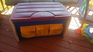 Step 2 Toy Chest for Sale in Dearborn, MI