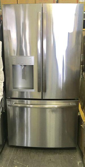 "Refrigerator Fridge Freezer Nevera Refrigerador GE 36""W x 70""H for Sale in Miami, FL"