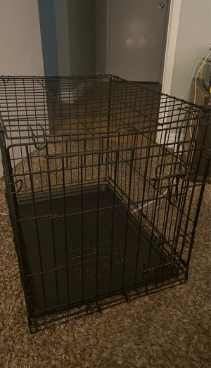 Dog crate - 24 W by 20 H for Sale in Fresno, CA