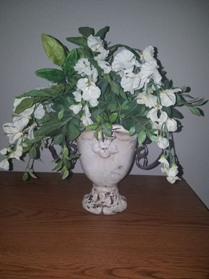 Artificial flowers for Sale in Lincoln, CA