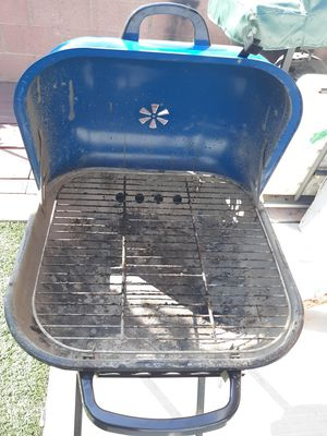 BBQ Grill $30 OBO for Sale in CRYSTAL CITY, CA