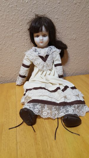 Porcelain doll for Sale in Santa Cruz, CA