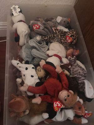 Big box of TY beanie babies $5 each or box $150 for Sale in La Puente, CA