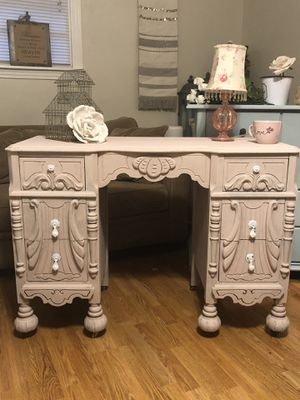 Gorgeous Antique Shabby Chic Desk/Vanity for Sale in Franklin, TN