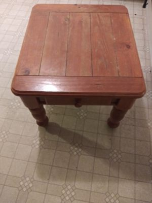 Table for Sale in Hannibal, MO