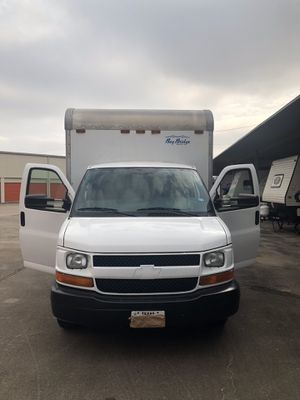 Chevrolet express 06 for Sale in Houston, TX