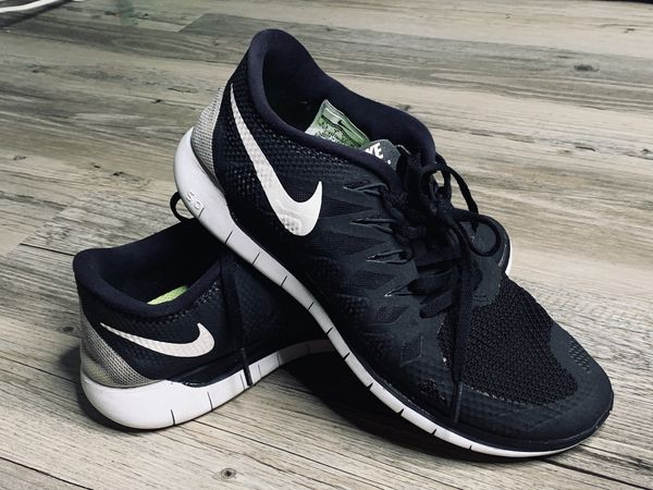 hot sale online 79dcf ec216 Nike Free Run 5.0 Size 9.5 Great Used Condition Black/white/gray women's  for Sale in Alafaya, FL - OfferUp