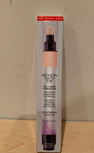 Revlon Youth FX fill + blur concealer in light medium for Sale in Alexandria, VA