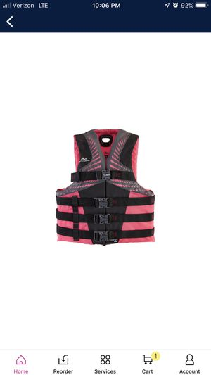 Stearns women life vest . for Sale in Bell, CA