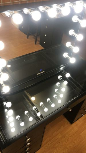 Brand new vanity mirror touch with Bluetooth for Sale in Yorba Linda, CA