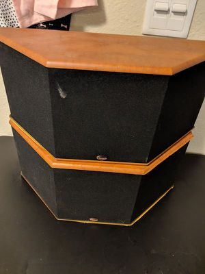 Klipsch SS-3 SURROUND SPEAKERs for Sale in Las Vegas, NV