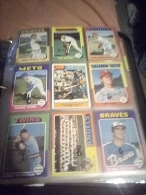 1975 Topps baseball ex to ex-mt for Sale in Phoenix, AZ