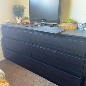 Large Dresser for Sale in San Diego, CA
