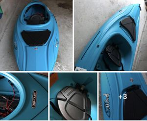 Brand NEW kayak with paddles included for Sale in Duluth, GA