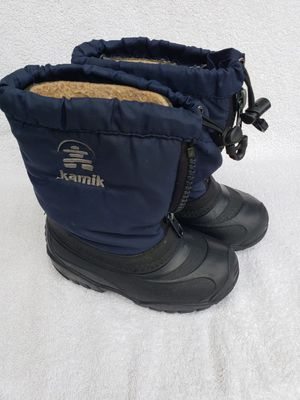 Snow boots kids size 10 for Sale in Auburn, WA