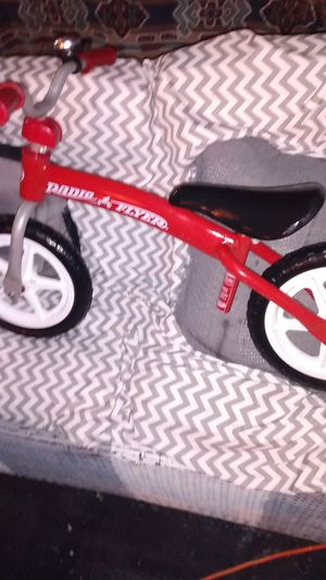 Brand new radio flyer go and slide for Sale in Prairieville, LA