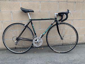 Road bike for Sale in Fontana, CA