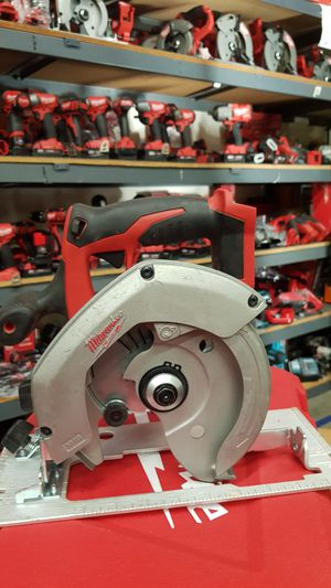 MILWUAKEE M18 CORDLESS 6-1/2 CIRCULAR SAW TOOL ONLY BRAND NEW for Sale in San Bernardino, CA
