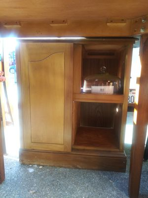 Alot of furniture that needs to go for Sale in Sacramento, CA