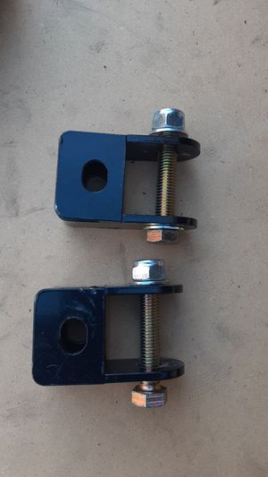 "Rear Shocks Extender to lifted trucks 2-4"" for Sale in San Diego, CA"