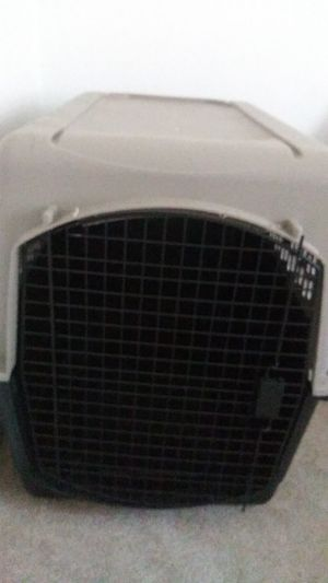 Kennel for large dogs ex: labs for Sale in Detroit, MI