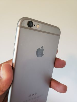 iPhone 6 , UNLOCKED for All Company Carrier , Excellent Condition like New for Sale in Springfield, VA