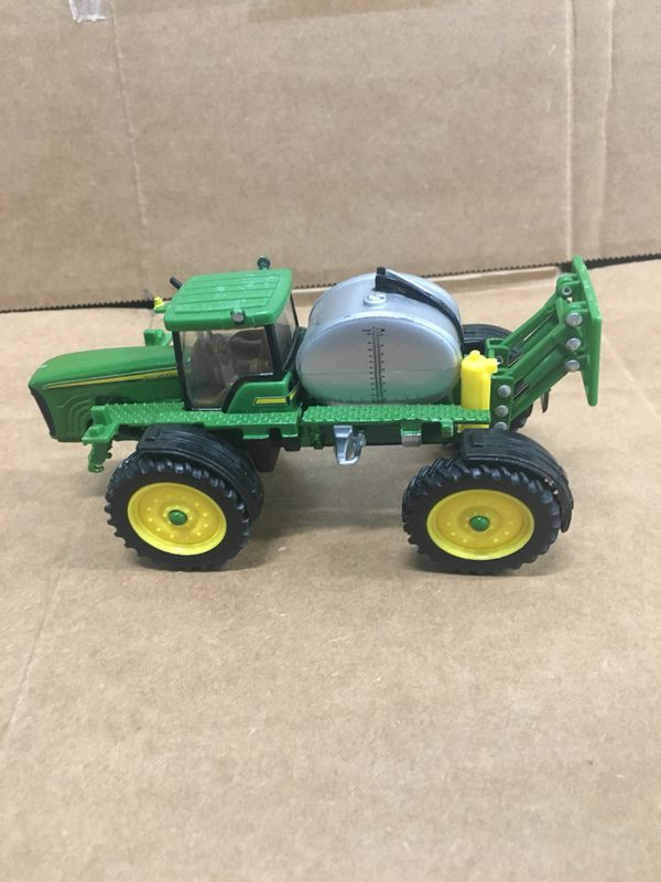 Ertyl small metal John deer tractor sprayer with tank