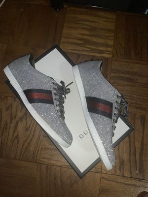 Gucci Shoes (100% authentic W/ box) for Sale in Pepper Pike, OH