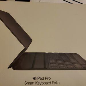 Apple Smart Keyboard Folio for iPad Pro 11‑inch for Sale in Las Vegas, NV