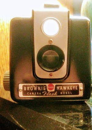 25$ Kodak Brownie Hawkeye Flash Hash Camera for Sale in Phoenix, AZ