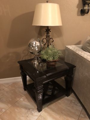 Coffee table and end table for Sale in Houston, TX