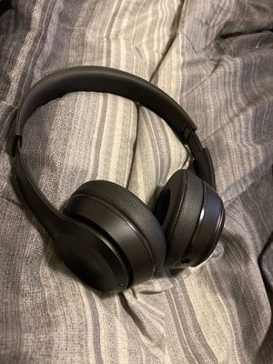 Beats series 3 for Sale in Bell, CA