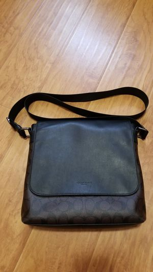 Authentic COACH MESSENGER BAG for Sale in San Gabriel, CA
