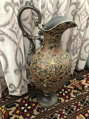 Home decor vase with handle for Sale in San Diego, CA