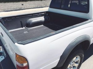 Toyota Tacoma 2003 Highway Miles 105k for Sale in Windsor, ON