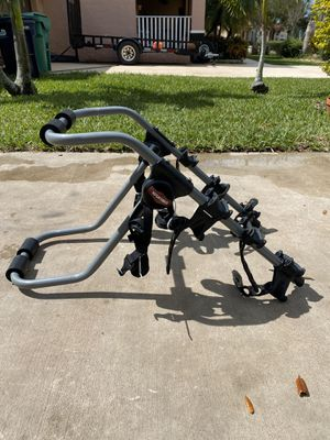Yakima 3 bicycle 🚲 trunk car/suv bike rack for Sale in Goulds, FL