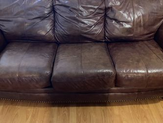 Leather couch $300 for Sale in Fort Lauderdale,  FL