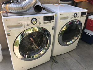 2015 Lg washer and dryer for sale for Sale in San Fernando, CA