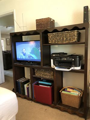 Nice solid oak wood cabinet/ entertainment center! for Sale in Fresno, CA