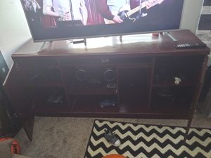 Tv stand for Sale in Sumner, WA