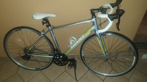 2014 Giant AVAIL speed bike, carbon fiber frame and forks!! for Sale in Miami, FL