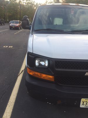 2006 Chevy express 2500 cheap price for Sale in Fort Lee, NJ