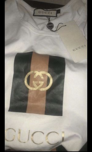 Gucci shirt for Sale in Jacksonville, FL