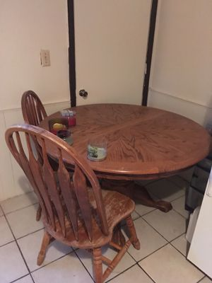 Table and chairs for Sale in Ardmore, OK
