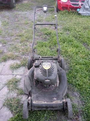 Craftsman Self Propelled 6.5 Horse power Lawnmower Neefs gasket and cable for the aelf propelled pre owned for Sale in Lakeland, FL