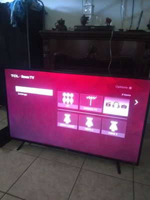 Tcl 55 inch smart wireless tv with roku for Sale in Palm Bay, FL